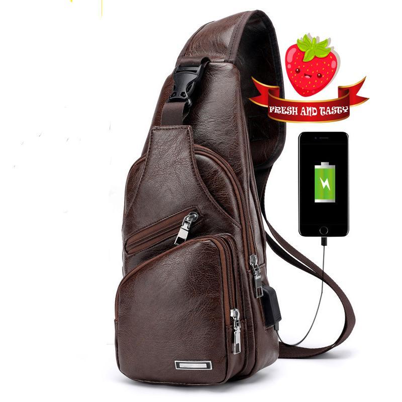 Túi đeo chéo nam da cao cấp CLASSIC có cáp sạc USB
