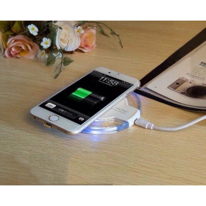 Sạc Không dây fantasy cho Iphone 5/6/7/8 siêu hót.( tặng miếng nhận sạc)