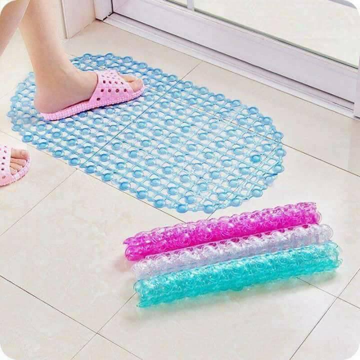 Set 2 thảm nhựa chống trơn trượt có hút chân không 35x65cm (giao màu ngẫu nhiên)