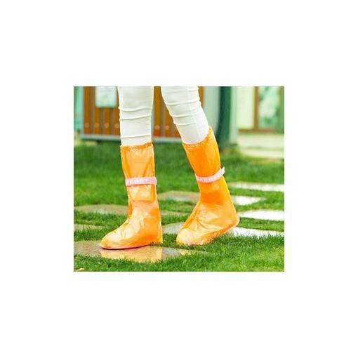 Giày đi mưa chất liệu bằng nilong