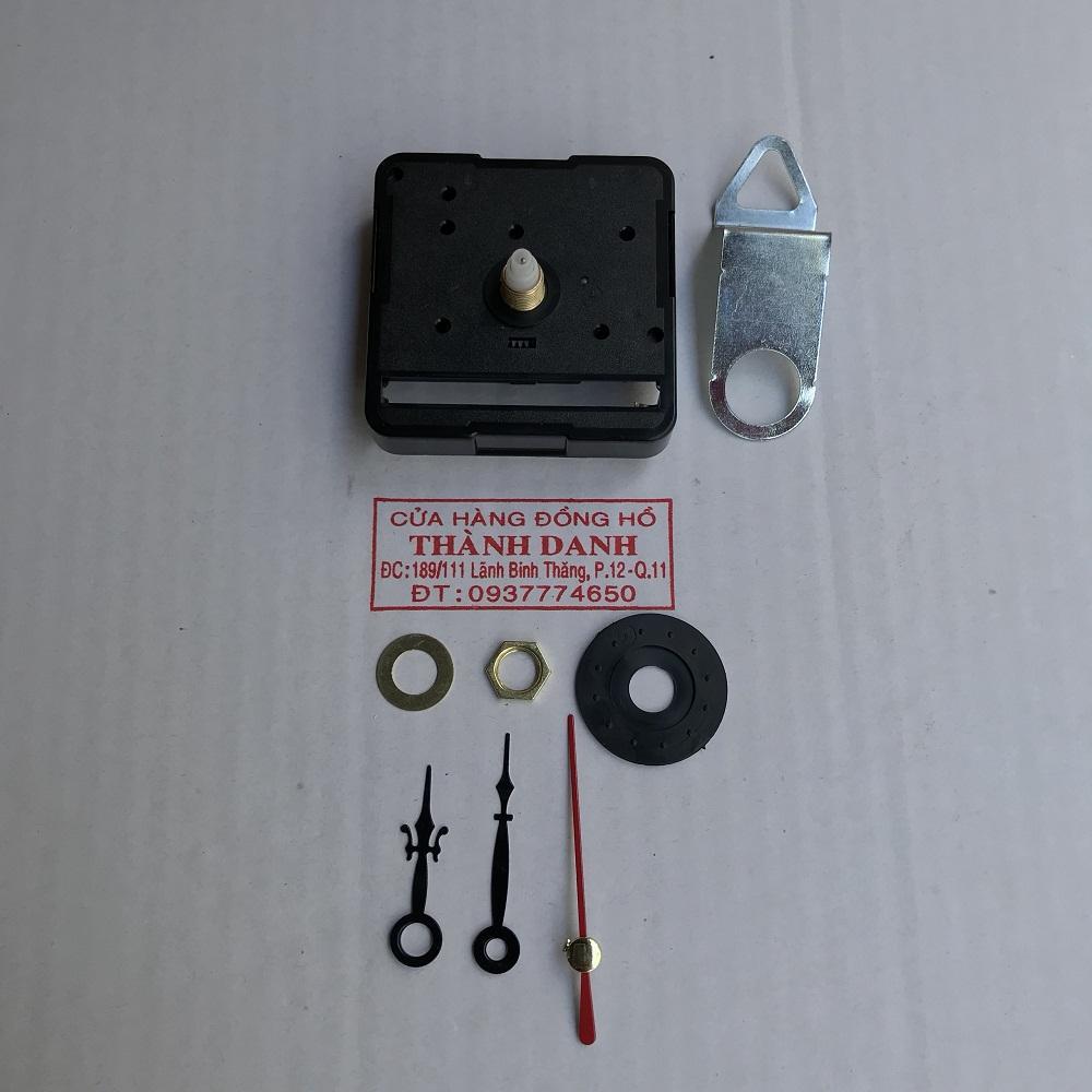 Bộ kim đen dài 4cm và máy đồng hồ Taiwan loại thường trục 5mm kim trôi kèm móc treo