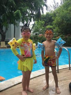 Phao tay tập bơi cho bé 5-6 tuổi PU6 bộ 2 cái hình sinh vật biển cực dễ thương - Màu ngẫu nhiên thumbnail