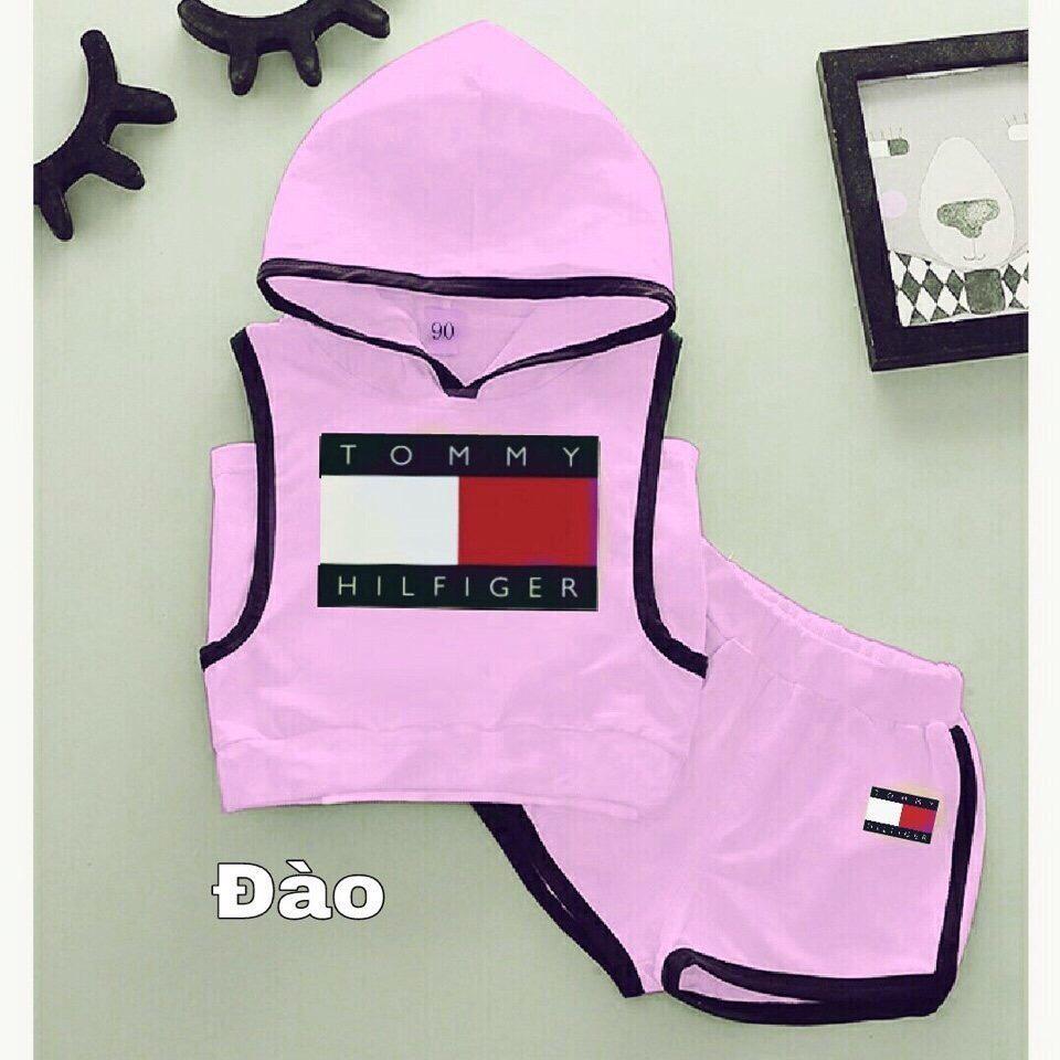 Bộ áo có nón và quần shorts hồng cho bé gái