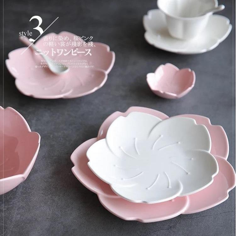 Bát đĩa hoa Sakura