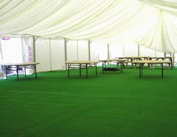 1 mét vuông thảm cỏ nhân tạo độ cao 1,5 cm.(KT 0,5m x 2m)