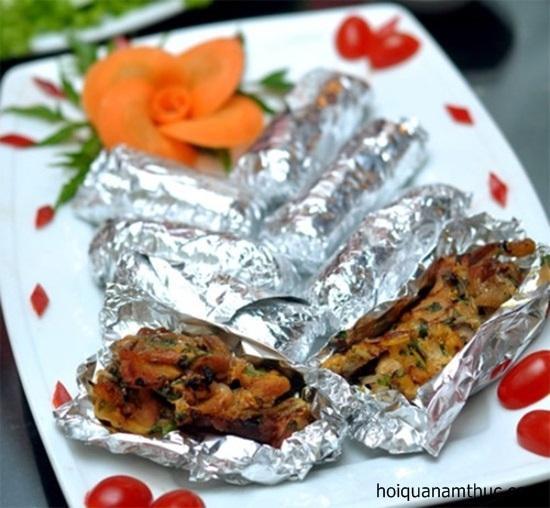 Cuộn giấy bạc nướng đồ ăn