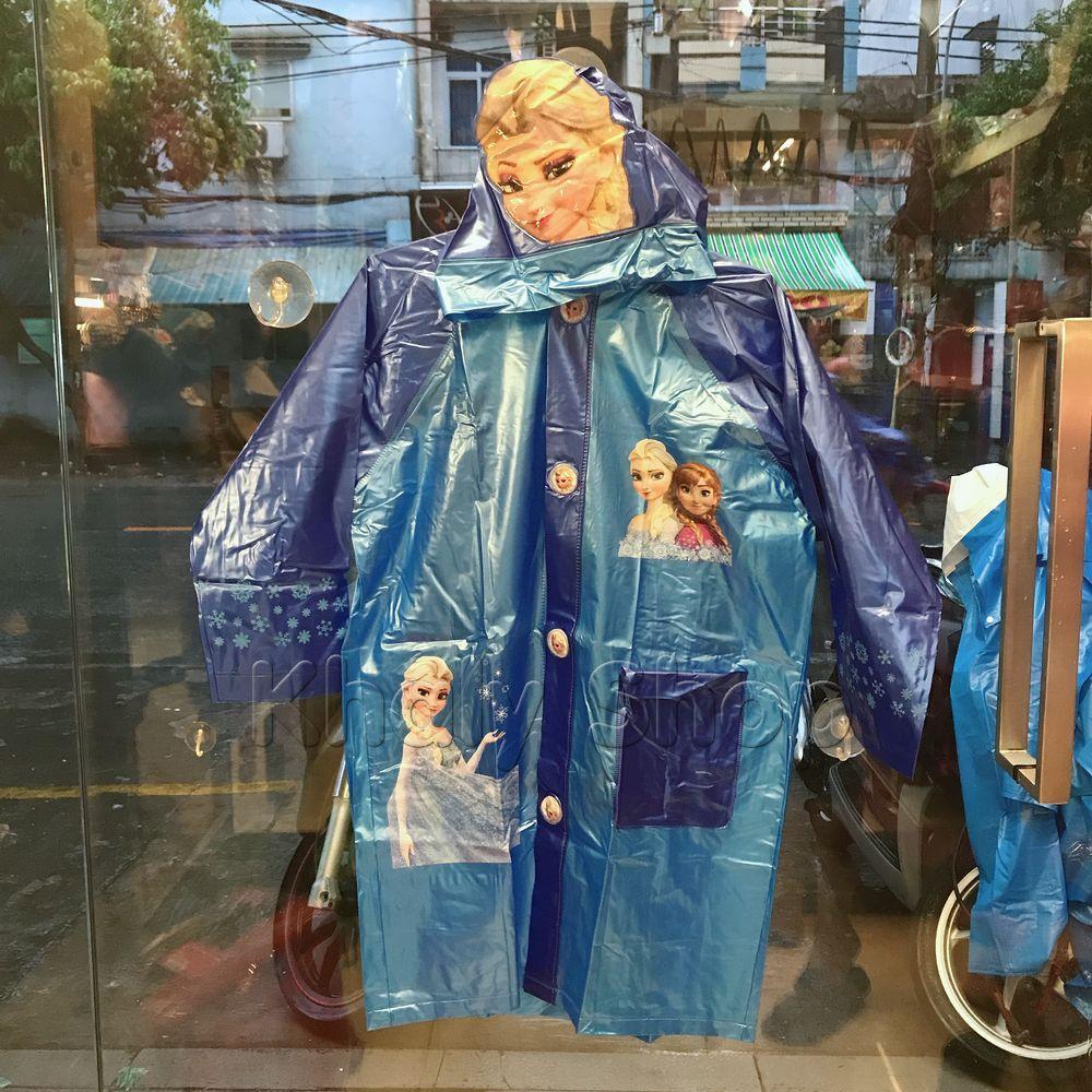 Áo mưa bóng hình công chúa Elsa và Anna Frozen màu xanh dành cho trẻ em , học sinh và các bé có nhiều size (S-M-L-XL-XXL) - 180FZ6026B100 , 36FZX6026138