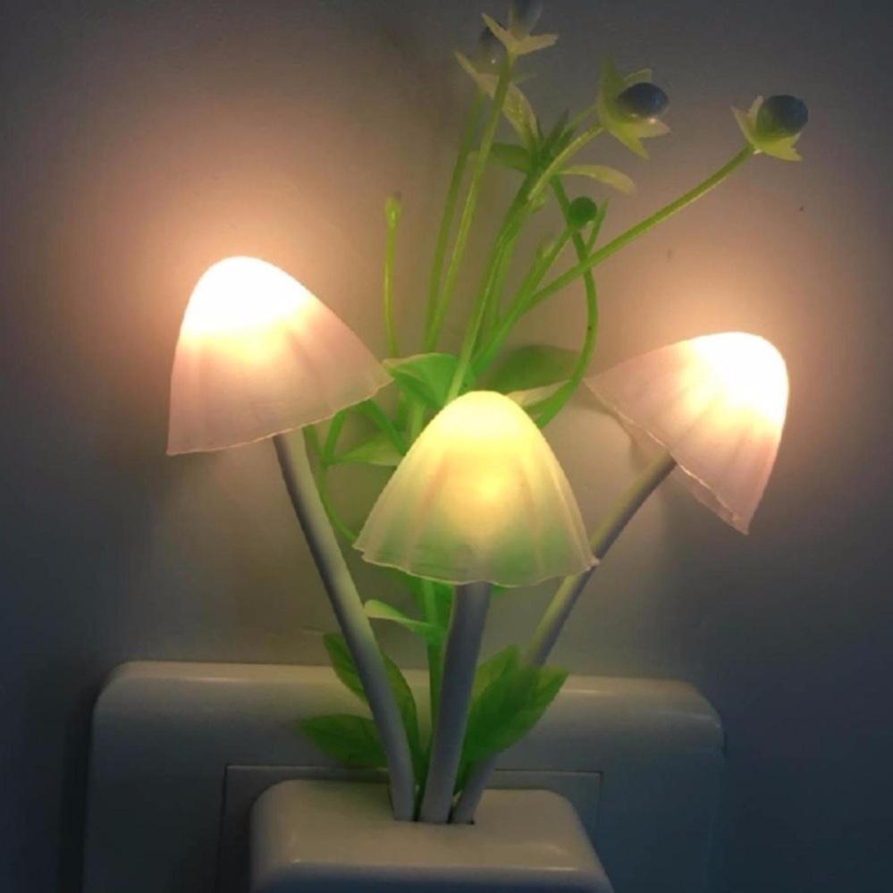Đèn ngủ hình nấm cảm ứng ánh sáng đổi màu PQ147