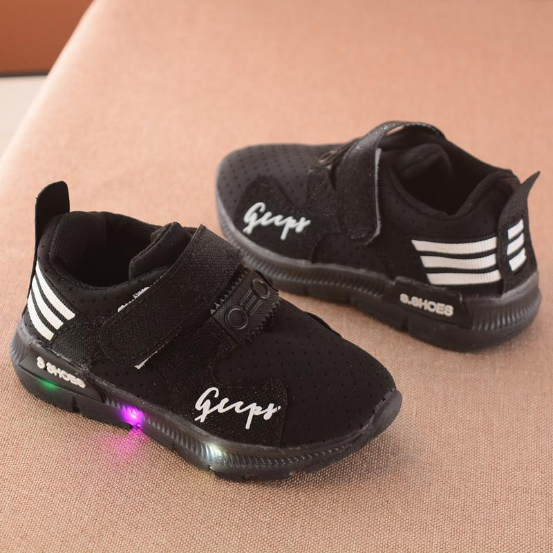 Giày thể thao siêu nhẹ cho bé (có ảnh thật) Gupy đèn led màu trắng,hồng,đen_KM