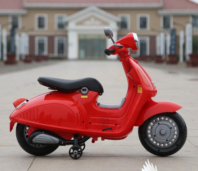 Xe máy điện trẻ em Vespa sành điệu 9998