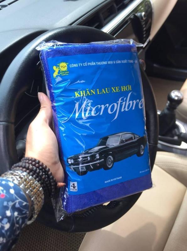 Khăn lau chuyên dụng cho xe hơi gồm 4 khăn