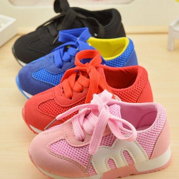 Giày thể thao lưới cho bé trai và bé gái