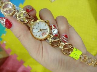 Đồng hồ Nữ Halei dây thép thời thượng TẶNG 1 vòng tỳ hưu phong thủy - Dây vàng mặt trắng thumbnail