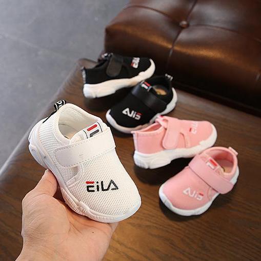 Giày thể thao cho trẻ em mẫu mới Top Fashion - 22TT060