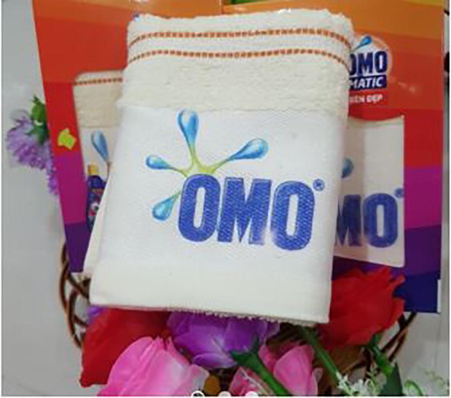 Khăn tắm cotton quà tặng từ omo