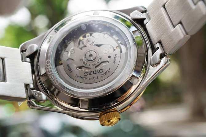 Đồng hồ Seiko SRP704