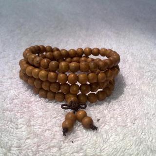 Chuỗi hạt gỗ dâu tằm 6mm - Chuỗi 108 hạt dùng để quấn đeo cổ tay khoảng 4 vòng thumbnail