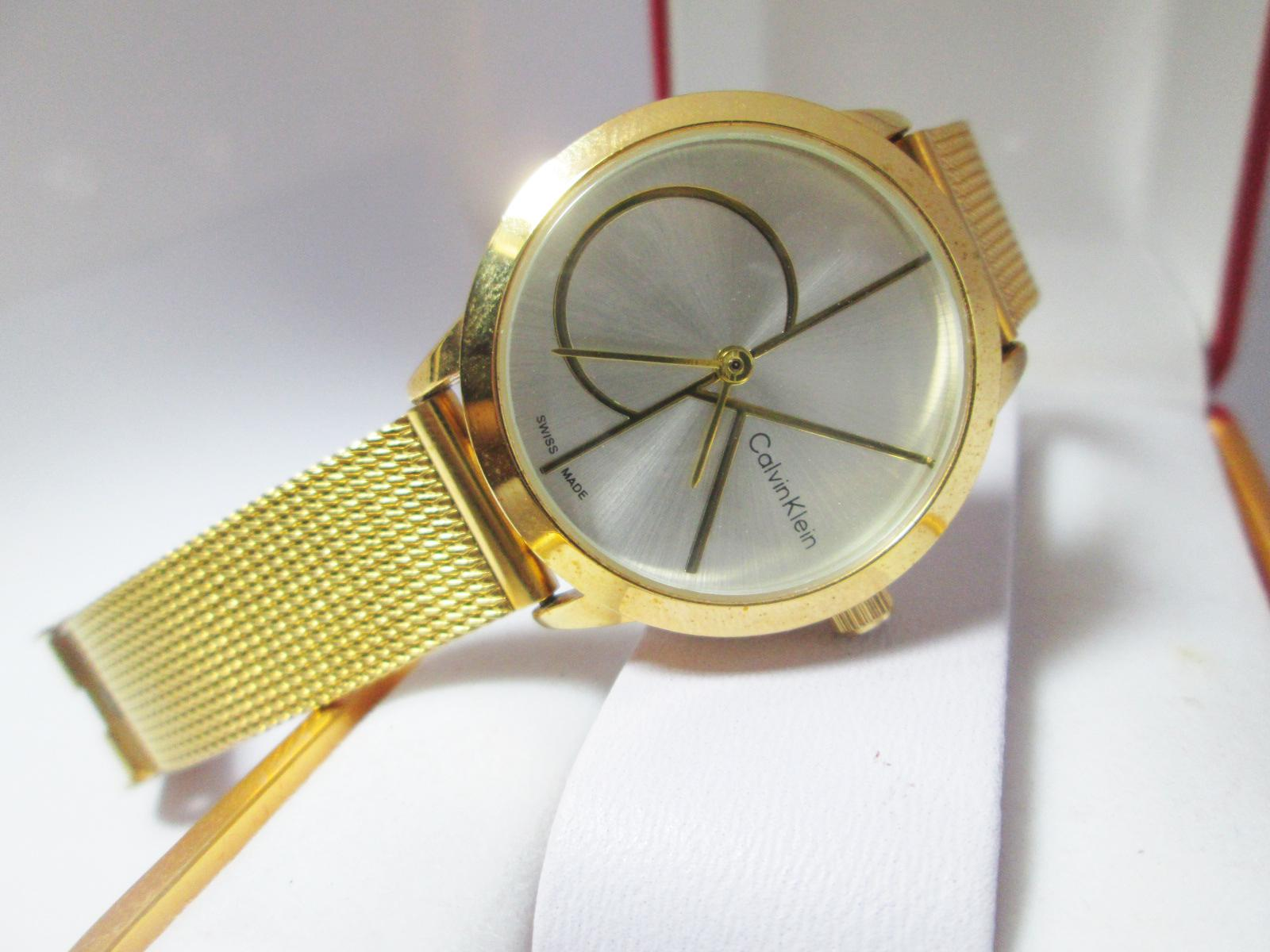 Đồng hồ CK nữ mạ vàng