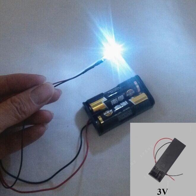 Hộp pin cung cấp năng lượng 3V kèm 01 bóng đèn Led trang trí màu trắng
