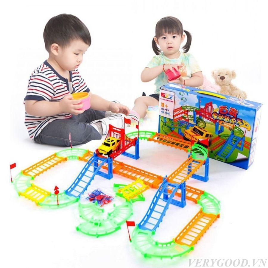 Đồ chơi trẻ em - Bộ Ô TÔ ĐƯỜNG RAY 90 chi tiết - Đồ chơi lắp ráp đường đua ô tô hay nhất hiện nay