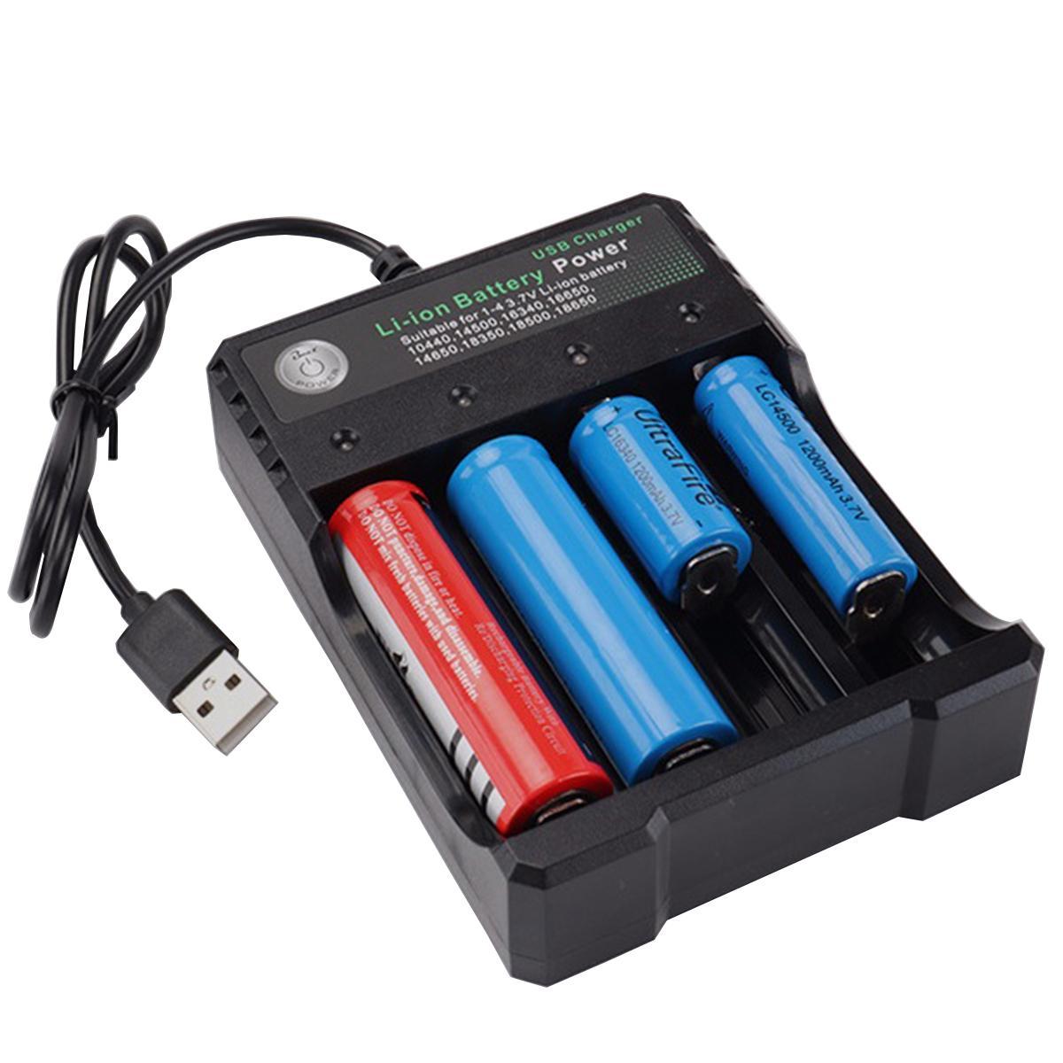 Sạc pin đa năng Bmax đầu USB 4 khe cho pin 18650, 14500, 16340, 16650.