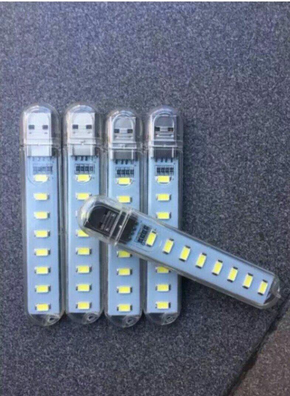 Đèn 8 bóng led siêu sáng. Cổng USB. Sáng rực