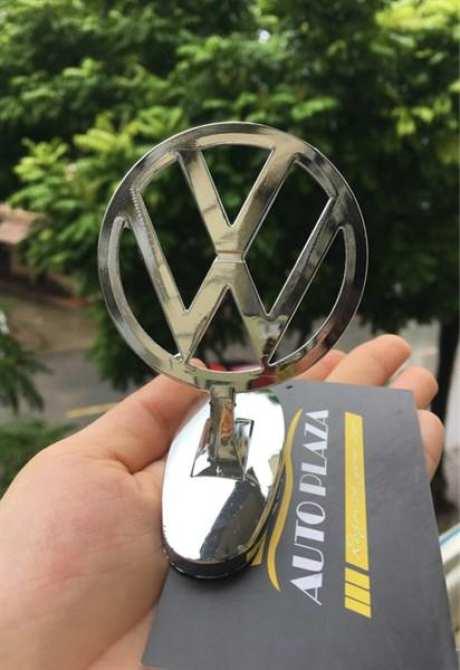 [SALE] Logo gắn nắp capo theo hãng xe CHEVROLET tặng kèm 1 Đèn led soi biển (Vàng)