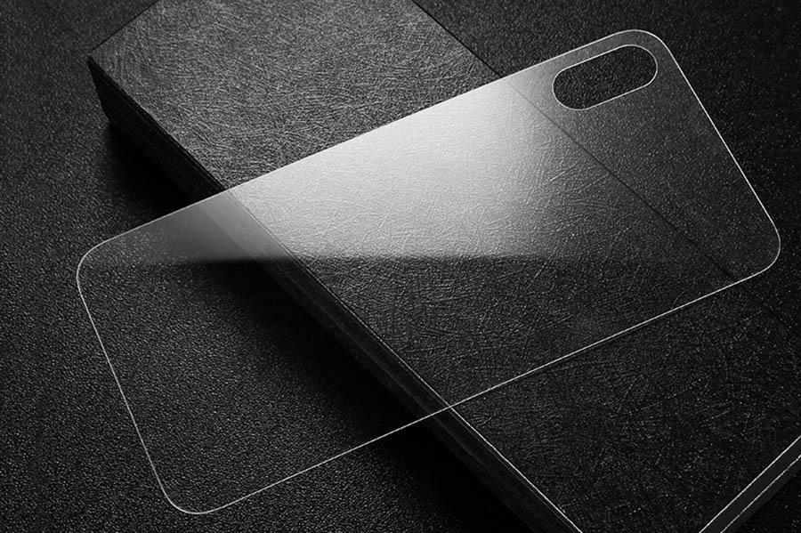 Miếng dán lưng trong suốt dành cho iPhone