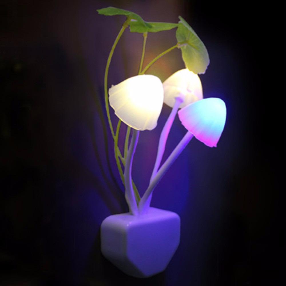 Đèn ngủ cảm ứng tự động thông minh hình nấm xinh xắn