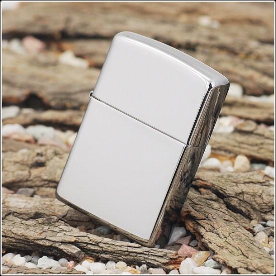 Bật lửa Zippo màu bạc bóng trơn - Hàng Giá Rẻ