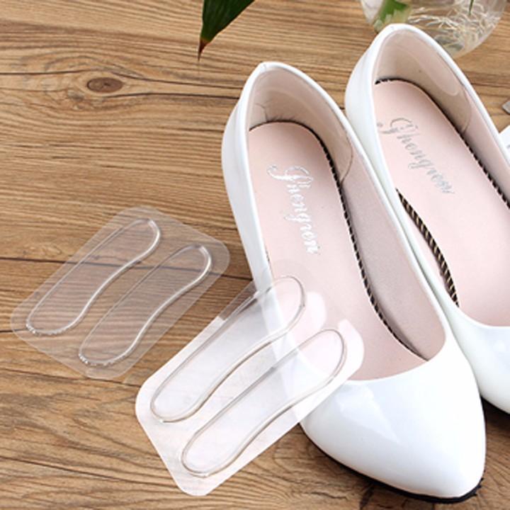 Bộ 4 miếng dán gót giầy silicon chống rộng và bám chân