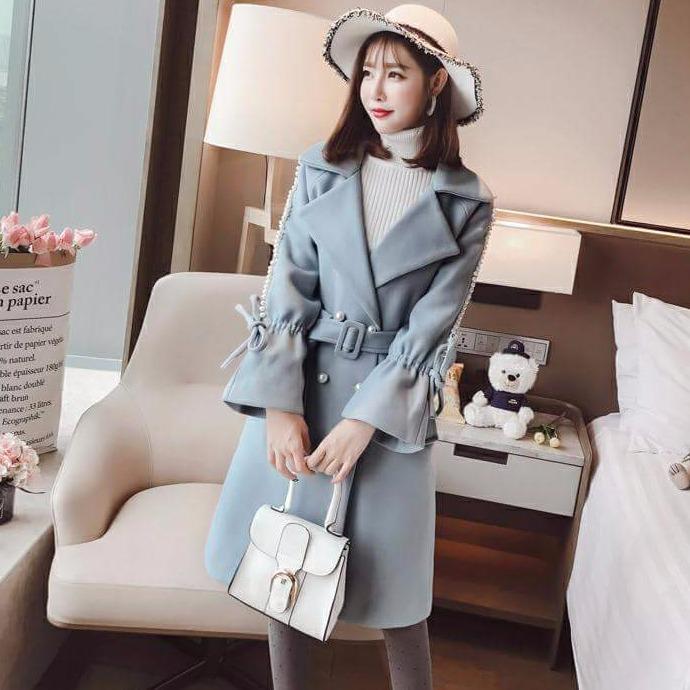Áo Khoác Kaki Form Dài Hàn Quốc Phối Ngọc Hana Fashion