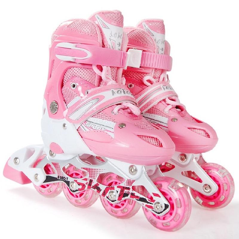 Phân phối Giày patin trẻ em tặng kèm bảo hộ chân tay, có bánh phát sáng đi vừa với bé trai và gái từ 3-14 tuổi, có 3 màu Đỏ, Hồng, Xanh . Hàng cao cấp  .