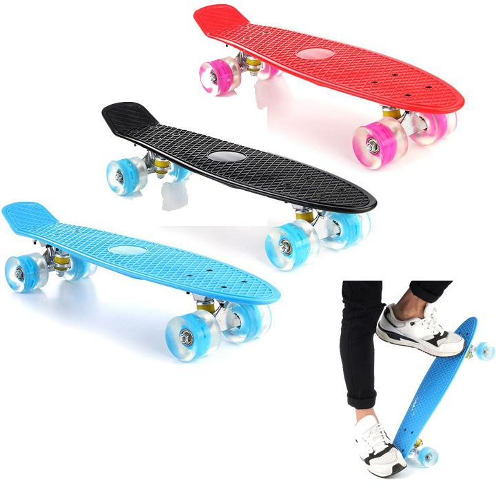 Mua Ván Trượt Skateboard Penny Có Đèn Led Trục Kim Loại To (Kích Thước 56 x 10 x 13 cm)