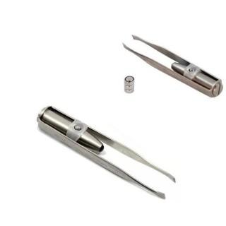 [SALE] Nhíp nhổ lông có đèn pin - Nhíp nhổ lông - Nhíp nhổ lông mày - Nhíp nhổ lông mày có đèn pin tiện dụng - dụng cụ nhổ lông mày có đèn thumbnail