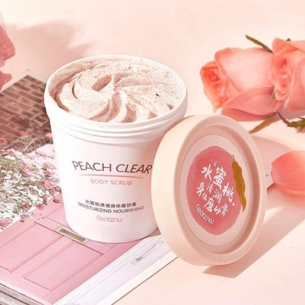 Kem Tẩy Tế Bào Chết Từ Trái Đào Body Peach Feotznw Peach Clear Body Scrub (200ml) Dưỡng Ẩm Làm Trắng Da
