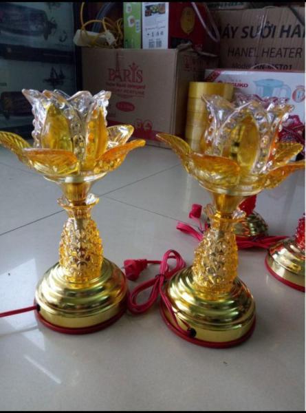 Đèn thờ hoa ly loại 1 bông cao 30cm [gồm 1 đôi]- ĐÈN THỜ ĐIỆN - ĐÈN ĐIỆN TRANG TRÍ BÀN THỜ