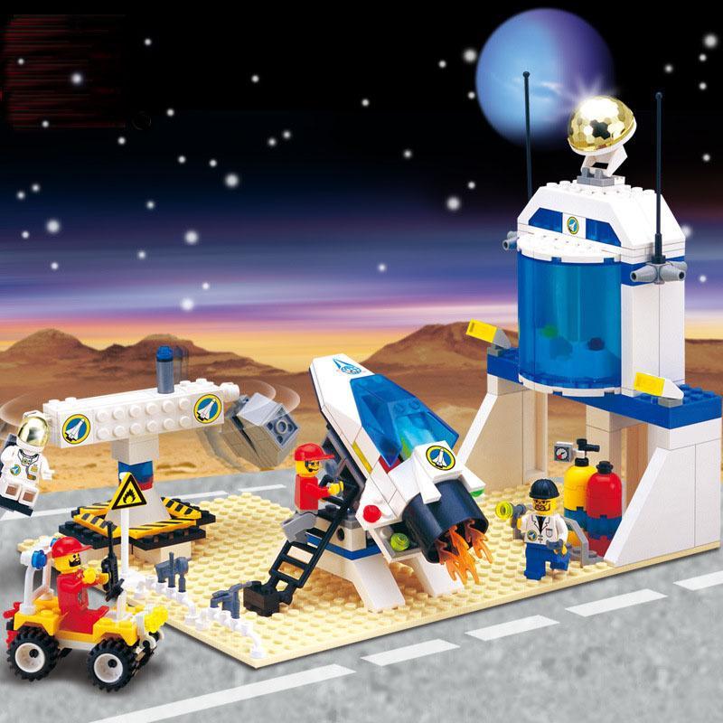Bộ mô hình lắp ghép Trạm vũ trụ