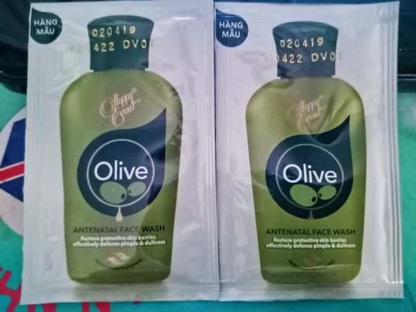 10 gói Sữa rửa mặt tinh dầu olive ngừa mụn Happy Event Antenatal 3ml