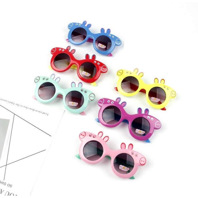 Giá bán Kính thời trang heo Pig Peppa siêu xinh cho bé, kính thời trang chống tia UV, mắt kính cho bé, kính dùng được cho cả bé trai và bé gái