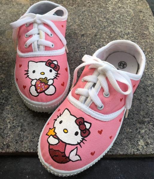 Giá bán Giày Helo Kitty Hồng