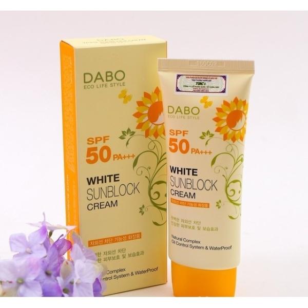 Kem chống nắng Dabo bảo vệ da khỏi đen sạm White Sunblock Cream 70ml