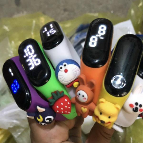Nơi bán Đồng hồ điện tử Siêu Hot đồng hồ trẻ em nhiều hình dễ thương