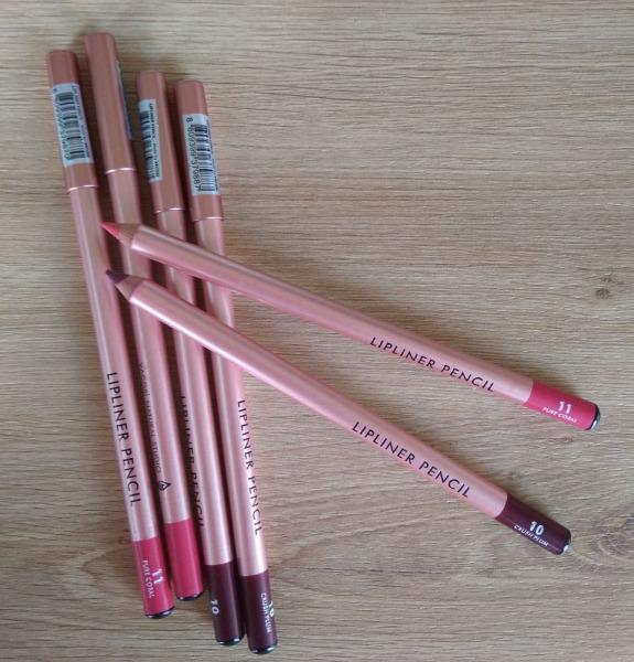 Chì Kẻ Viền Môi Vacosi Natural Studio Lipnier Pencil giá rẻ