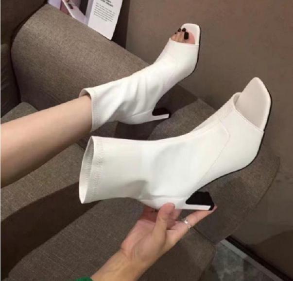 Giày bốt nữ đế cao hở mũi da mềm - giày boot nữ, giày boots nữ, giày cao gót nữ, giày cao gót 7p, giày cao gót giá rẻ, hàng chất lượng, fullbox giá rẻ