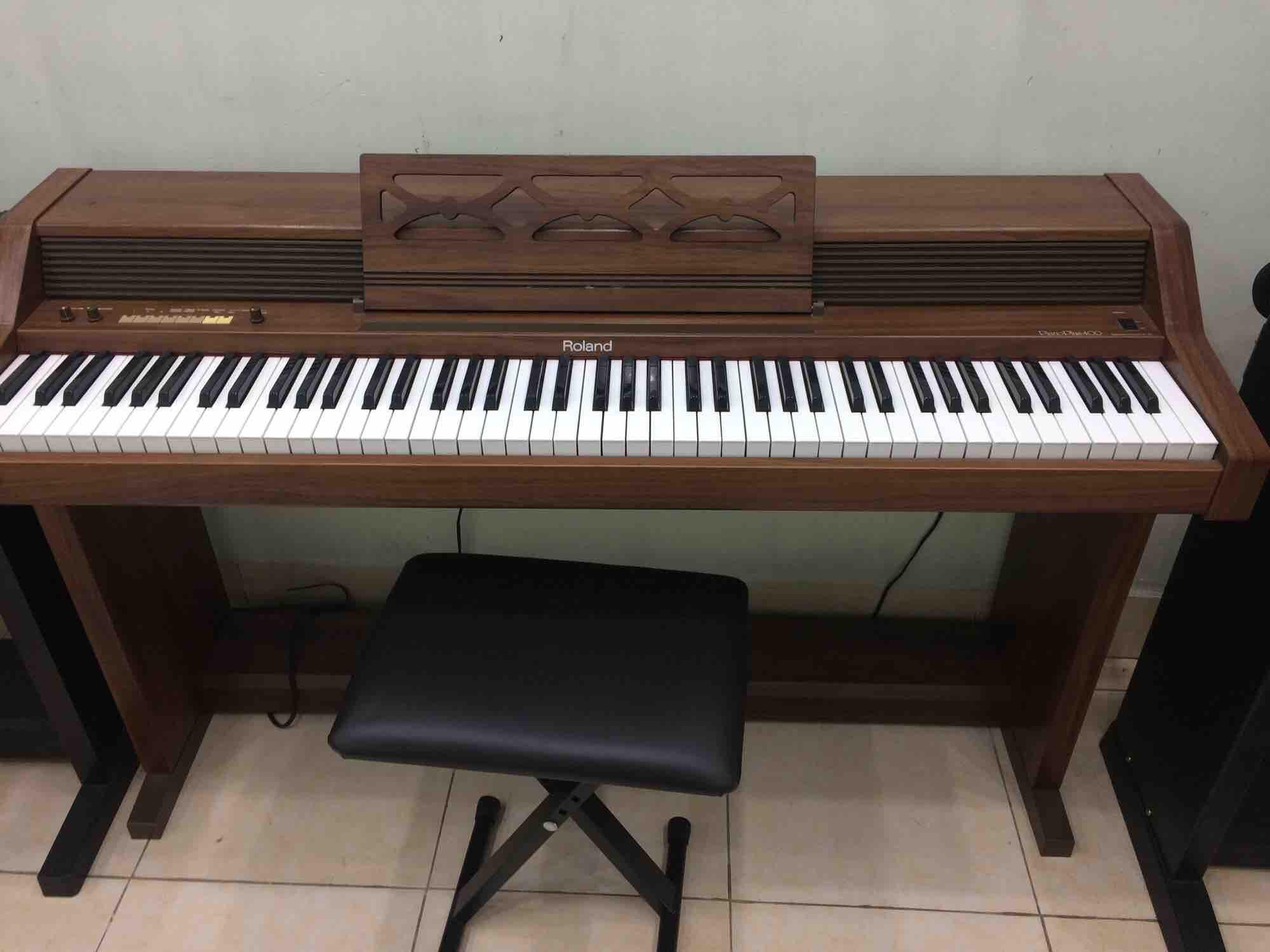 Piano điện Roland plus 400