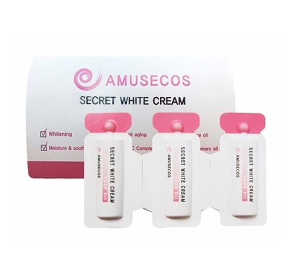 Dung dịch làm hồng và se khít vùng kín Amusecos Secret White Cream Rose Oil giá rẻ