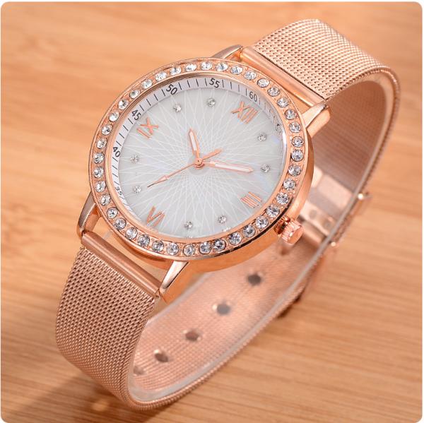 Nơi bán Đồng hồ thời trang nữ dây kim loại, chất liệu thạch anh cao cấp, thiết kế tinh xảo