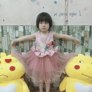 Váy đầm công chúa xòe thêu hoa nổi cho bé gái từ 10kg đến 25kg( màu đỏ, cam, tím, trắng) thumbnail