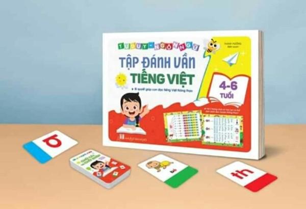 Mua Combo Tập Đánh Vần Tiếng Việt Phiên Bản Mới 2 Trong 1 + Thẻ Đánh Vần - Chữ Cái - Số- Chữ Ghép